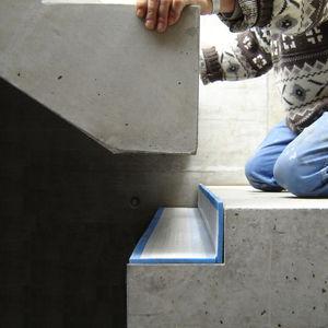 capa de aislamiento acústico en placas / de EPDM / de elastómero / para peldaños de escalera