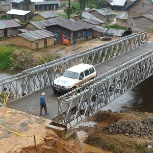 puente con estructura / de acero / prefabricado / modular