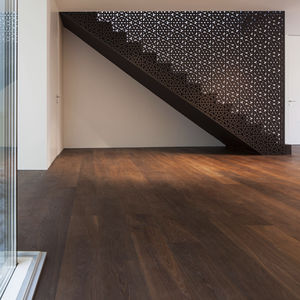 barandilla de madera / con paneles / de interior / para escalera