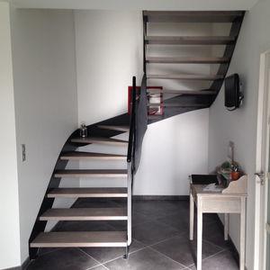 escalera recta / en L / en U / estructura de metal