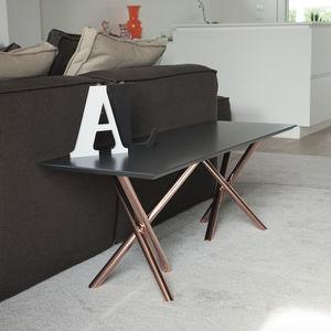 mesa de centro contemporánea / de vidrio templado / de aluminio / de acero galvanizado