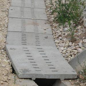 canal de drenaje de hormigón armado