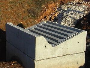 tapadera de inspección de hormigón armado / cuadrada / con tapa / prefabricada