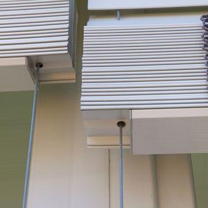 sistema de apertura para cortinas veneciano
