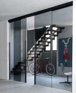 puerta de interior / corredera / con vidrio de seguridad / de aluminio