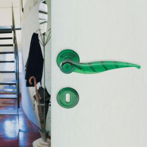 tirador de puerta