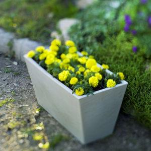 maceta de jardín de polietileno / de libre instalación / rectangular / para uso residencial
