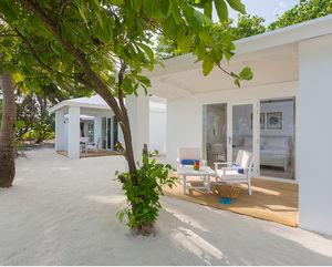 casa modular / prefabricada / de tipo bungalow / contemporánea
