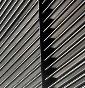 revestimiento de fachada en láminas / de acero inoxidable / de acero galvanizado / de zinc-aluminio