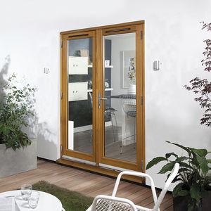 puerta-ventana abatible / de roble / de aluminio / con vidrio doble