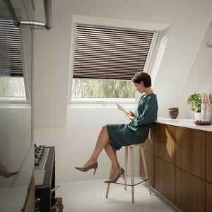 persianas venecianas / de aluminio lacado / para protección solar / para ventanas de tejado
