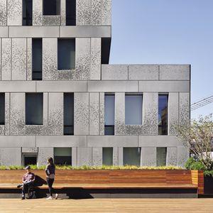 fachada ventilada de zinc-titanio