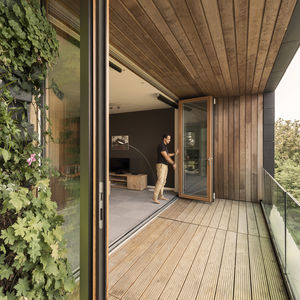 ventanal plegable / de aluminio / de madera / con vidrio doble