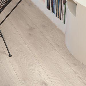 suelo laminado de roble / flotante con sistema clic / aspecto madera / para el sector servicios