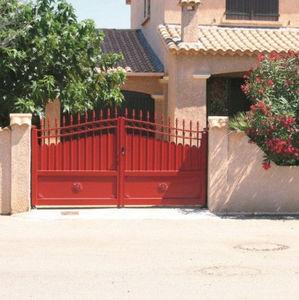 portones abatibles / de aluminio / con barrotes / para uso residencial