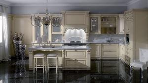 cocina de estilo / de madera lacada / de madera pintada / con isla