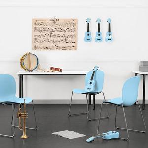 silla contemporánea / tapizada / apilable / de acero