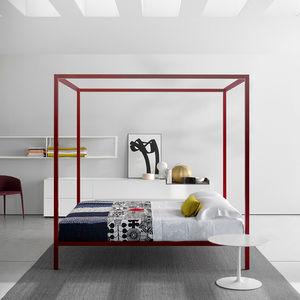 cama con dosel / de matrimonio / contemporánea / de aluminio