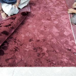 alfombra contemporánea / con motivos / de color liso / de lana