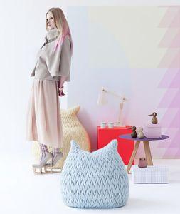 sillón pera contemporáneo / de tejido / gris / azul