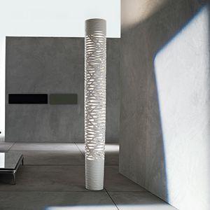 columna luminosa de diseño original / de metal / en material compuesto / LED