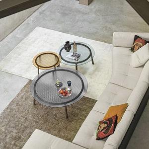 mesa de centro contemporánea / de vidrio templado / con base de roble / con base de madera maciza