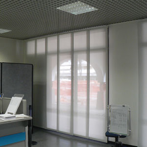 estores japoneses / de tejido / para el sector servicios / para protección solar