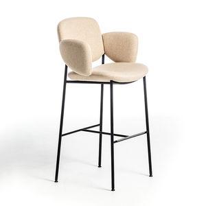 silla de bar de diseño escandinavo / tapizada / con reposapiés / con reposabrazos