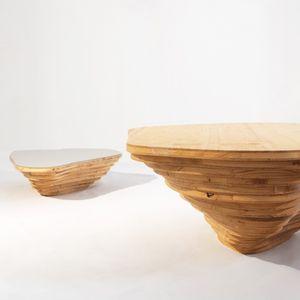 mesa de centro de diseño orgánico / de madera / de interior / para el sector servicios