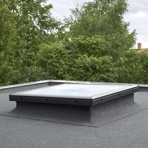 ventana de tejado fija / de PVC / con vidrio doble / con aislamiento térmico