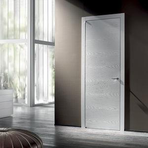 puerta de interior / pivotante con eje descentrado / de madera maciza / a ras