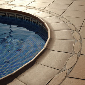 borde de piscina de cerámica