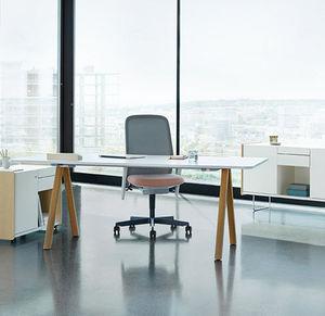 mesa de trabajo contemporánea