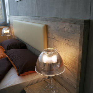 cabecero para cama doble / contemporáneo / de madera / de cuero artificial