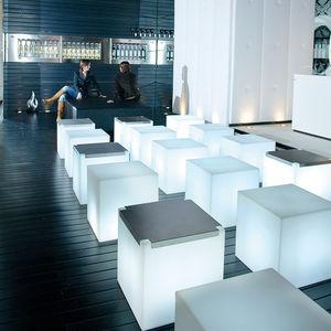 mesa de centro contemporánea / de acero inoxidable / de polietileno / de Plexiglas®