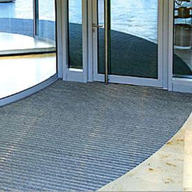 alfombra de entrada para edificio público