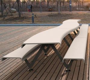 conjunto de mesa y banco de diseño original / contemporáneo / de acero / de hormigón