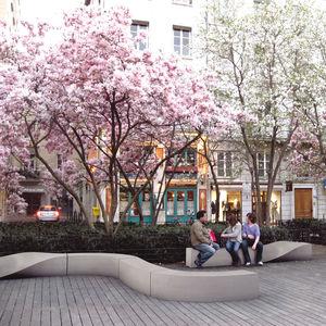 banco público / de diseño original / en material compuesto / modular