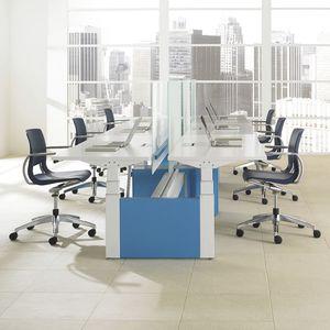 sillón de oficina contemporáneo / de plástico / aluminio / giratorio