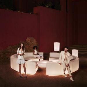 sofá modular / en arco de círculo / contemporáneo / de jardín