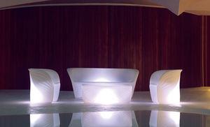 mesa de centro de diseño orgánico