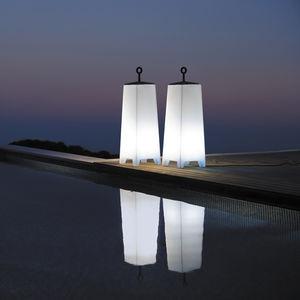 columna luminosa contemporánea