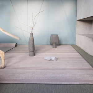 alfombra contemporánea / de rayas / de poliéster / de vinilo