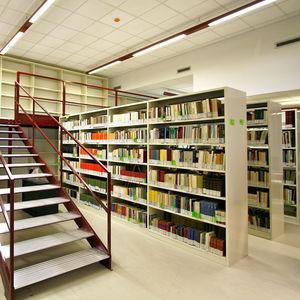 estantería móvil para biblioteca