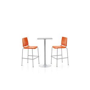 silla de bar contemporánea / tapizada / con reposapiés / apilable