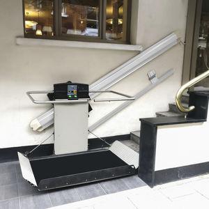 plataforma salvaescaleras para discapacitados