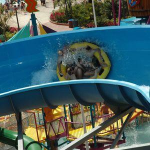 tobogán giratorio / para parque acuático / de flotadores