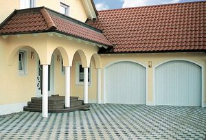 puertas de garaje correderas / de aluminio / automáticas