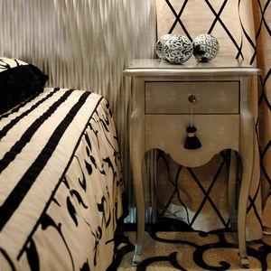 mesilla de noche clásica / de madera maciza / de haya / rectangular
