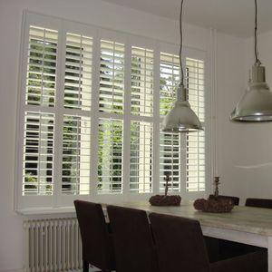 contraventanas abatibles / de madera / para ventanas